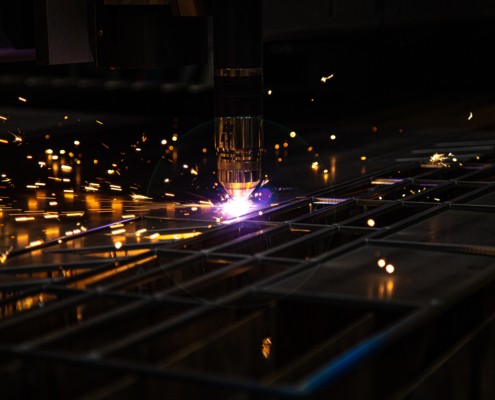 metal-fabrication-plasma-table-dark